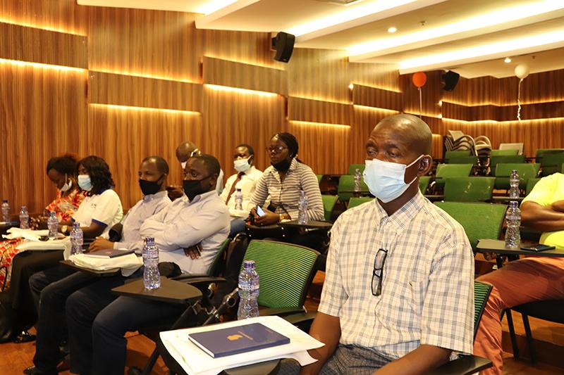 Le service de Cardiologie de HJ Hospitals a organisé un échange scientifique avec 3 thèmes